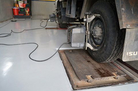 Chuan Ann Tyre and Battery Floors it with Flowcrete