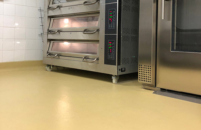 To start, over 4,000 m2 of the heavy duty Isocrete Isopol SBR was installed across the kitchen and food preparation areas.